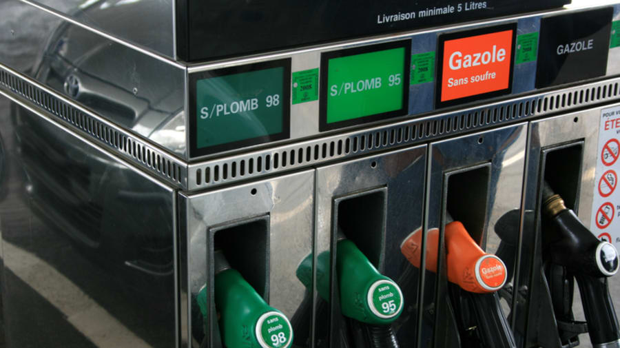 Zapfsäule an einer Tankstelle in Frankreich