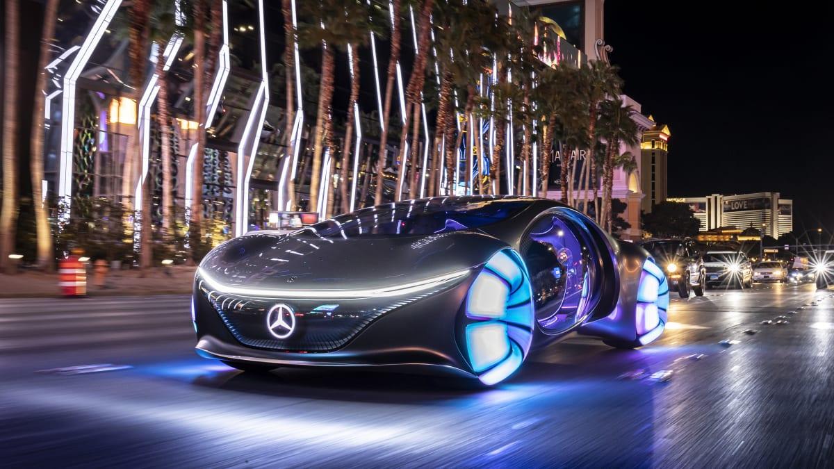 Mercedes Vision AVTR fahrend in Las Vegas CES 2020