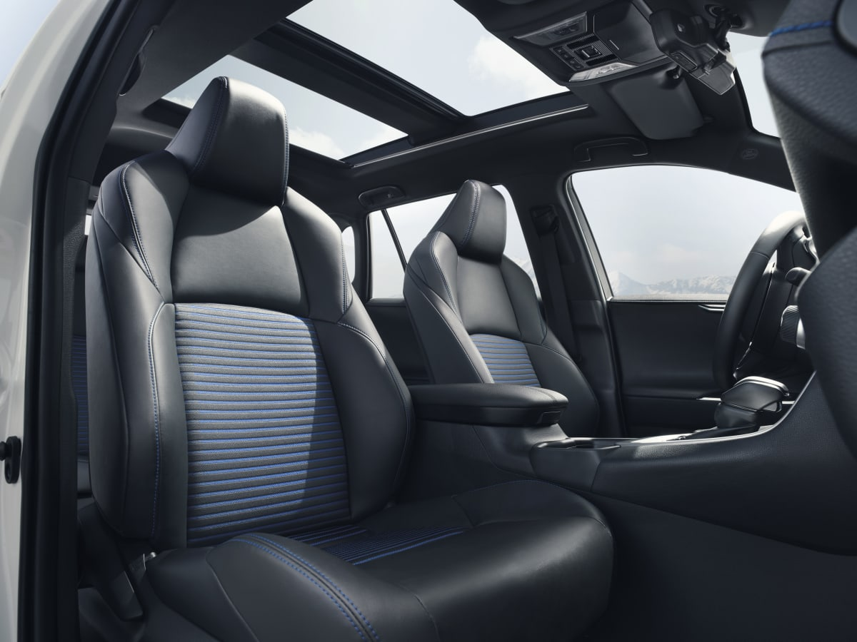 Cockpit eines Toyota RAV 4