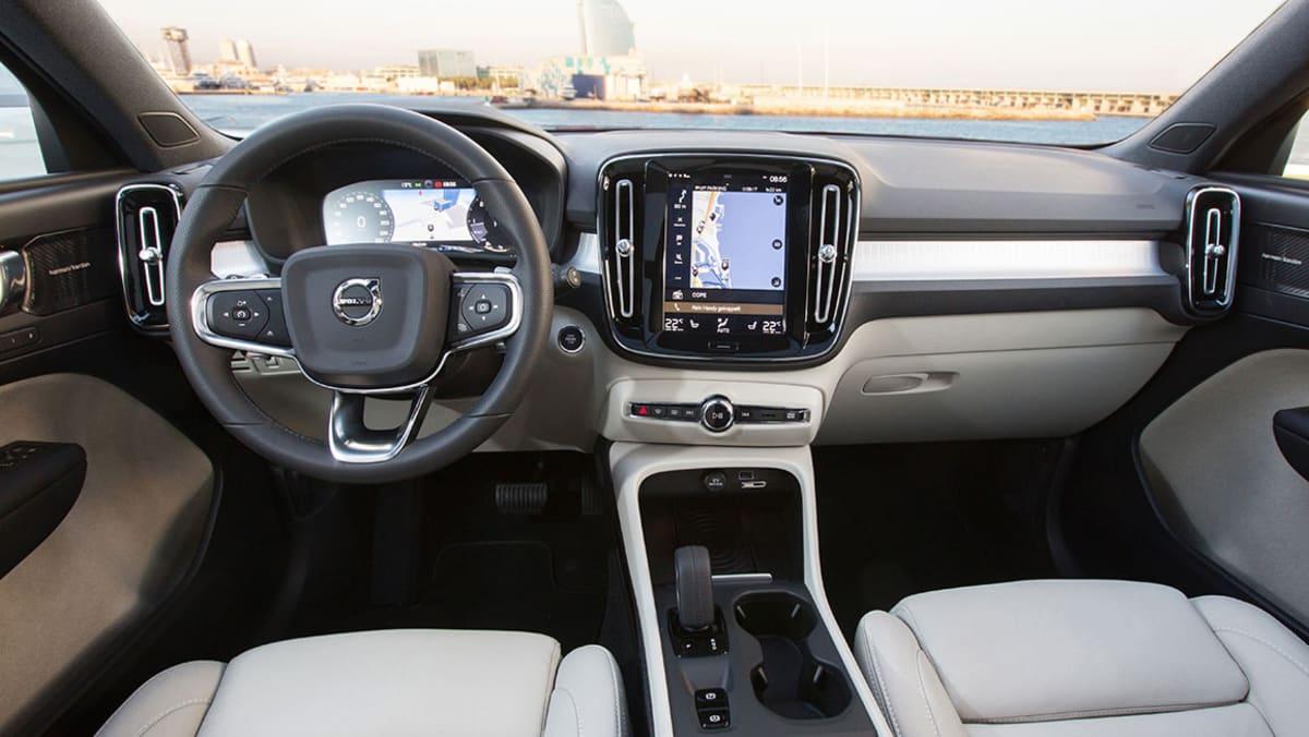 Cockpit eines Volvo XC40