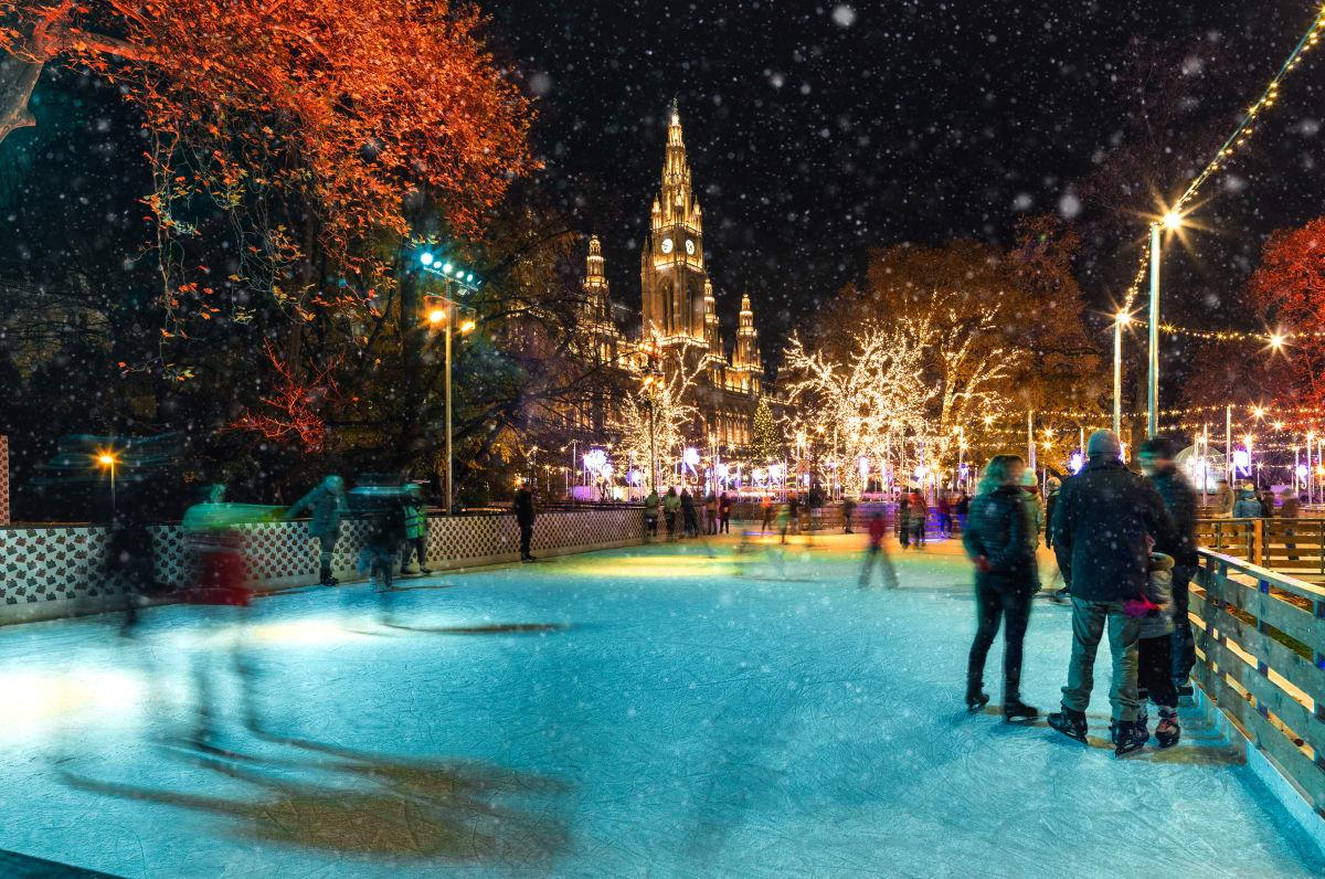 eim Wiener Weihnachtstraum glitzern Eisflächen im Rathauspark