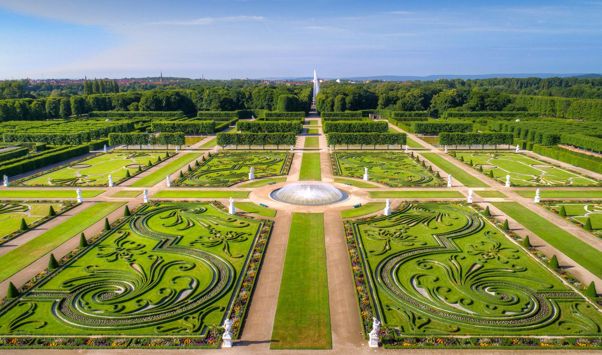 Garten nackt englischer Reife und